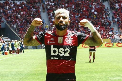 El Flamengo gana su primera Supercopa brasileña tras golear 3-0 el Paranaense
