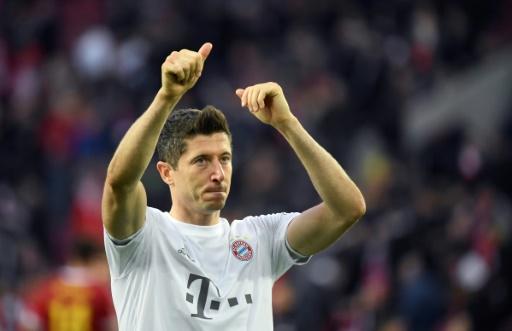 El Bayern resiste la presión y sigue líder en solitario