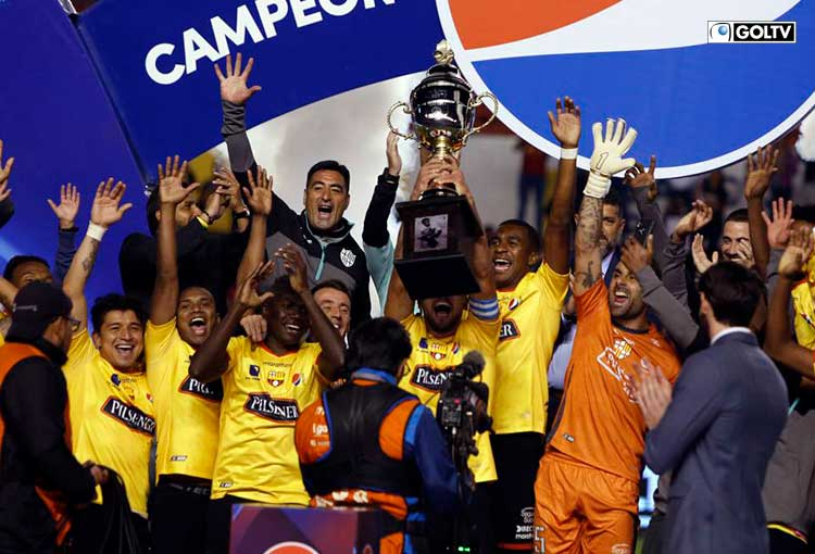 Un día como hoy, Barcelona se quedó con la Copa Alberto Spencer