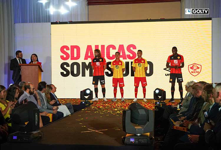 AUCAS presentó su indumentaria oficial del 2020