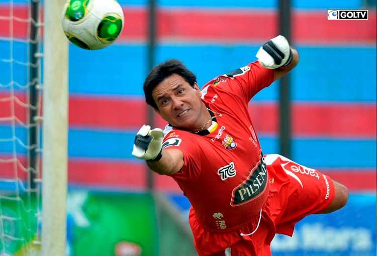 Fallecimiento de Carlos Luis Morales enluta al fútbol ecuatoriano
