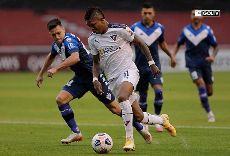 Liga de Quito venció a Vélez Sarsfield con doblete de Martínez Borja