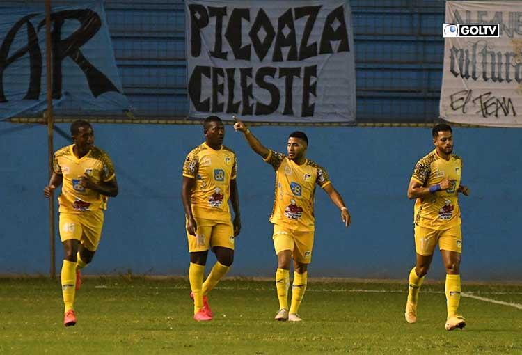 Delfín derrotó 2-1 a Manta en el cierre de la fecha 9