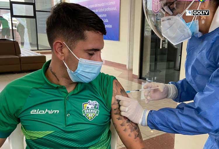 Jugadores de Orense recibieron segunda dosis de vacuna contra el COVID