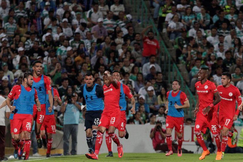 Toluca y Atlas consiguen mínima ventaja hacia semifinales en México