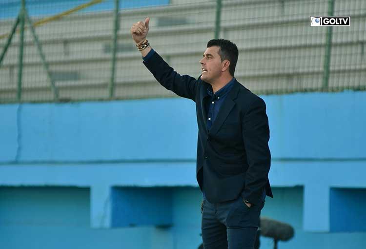 Ismael Rescalvo quedó como el DT del mes según El Show del Fútbol
