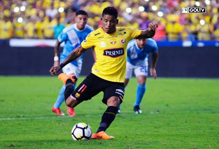 Michael Arroyo llegó a un acuerdo con Barcelona