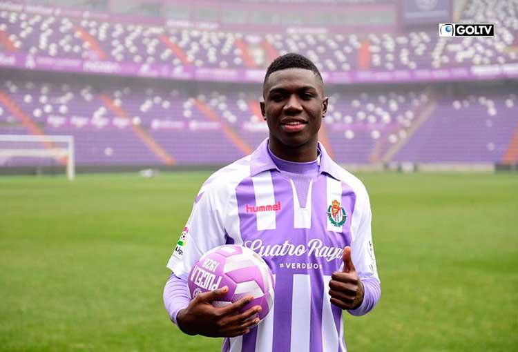 Stiven Plaza rechazó ofertas para mantenerse en el Real Valladolid