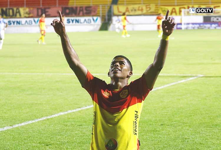 Aucas cerró la etapa goleando a Guayaquil City