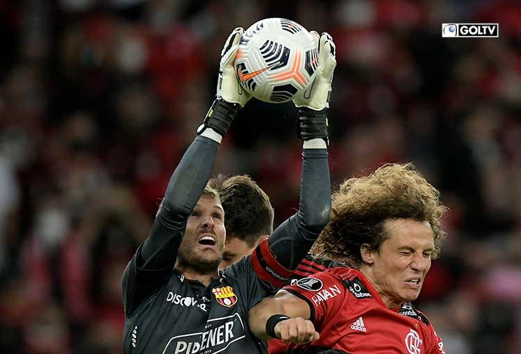Barcelona vendió cara su derrota ante Flamengo en el Maracaná