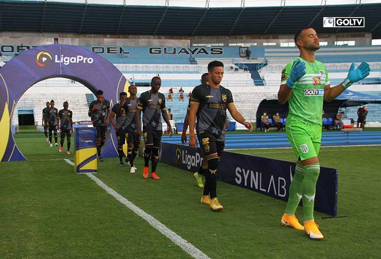 Nueve de Octubre y Guayaquil City abren la jornada de este martes