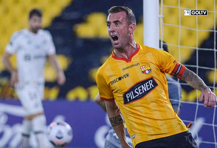 Barcelona venció a Santos y quedó primero de su grupo en Libertadores