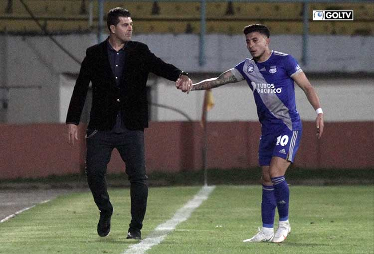 """Ismael Rescalvo: """"Es difícil ganar en la altura y por eso se valora este resultado"""""""