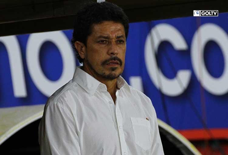 """Paúl Vélez: """"Nos perjudicó en la forma que defendimos"""""""