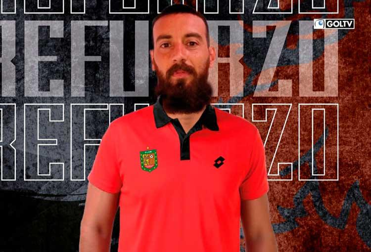 Erick Joel Tovo refuerza la defensa del Deportivo Cuenca