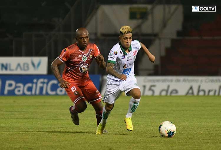 Liga de Portoviejo está al borde del descenso luego de empatar con Mushuc Runa