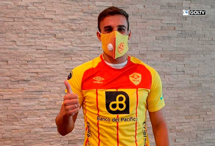 Angelo Pizzorno arribó a Quito para sumarse al Aucas